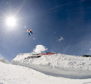 "Grand Valira<br><span class=""cc-link""><a href=""http://www.flickr.com/photos/snowticias/2455820116/"" target=""_blank"">Autor:Snowticias.com</a><a href='http://creativecommons.org/licences/by/3.0'>&nbsp;<img class=""cc-icon"" src=""mods/_img/cc_by-small.png""></a></a></span>"