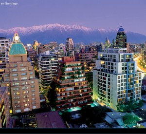 "Santiago<br><span class=""cc-link""><a href=""http://www.flickr.com/photos/pipeapple/1693979474/"" target=""_blank"">Autor:Felipe Ibanez Guzman</a><a href='http://creativecommons.org/licences/by/3.0'>&nbsp;<img class=""cc-icon"" src=""mods/_img/cc_by-small.png""></a></a></span>"
