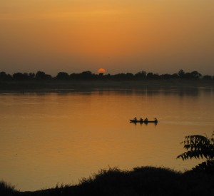 "N'djamena<br><span class=""cc-link""><a href=""http://www.flickr.com/photos/afcone/3353572394/"" target=""_blank"">Autor:afcone</a><a href='http://creativecommons.org/licences/by-nd/3.0'> <img class=""cc-icon"" src=""mods/_img/cc_by_nd-small.png""></a></a></span>"