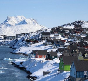 "Nuuk<br><span class=""cc-link""><a href=""http://www.flickr.com/photos/ilovegreenland/6098912343/"" target=""_blank"">Autor:Visit Greenland</a><a href='http://creativecommons.org/licences/by/3.0'> <img class=""cc-icon"" src=""mods/_img/cc_by-small.png""></a></a></span>"