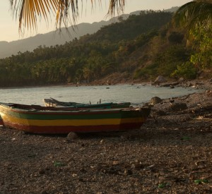 "Jacmel<br><span class=""cc-link""><a href=""http://www.flickr.com/photos/leecohen/4406898436/"" target=""_blank"">Autor:Lee Cohen</a><a href='http://creativecommons.org/licences/by/3.0'> <img class=""cc-icon"" src=""mods/_img/cc_by-small.png""></a></a></span>"