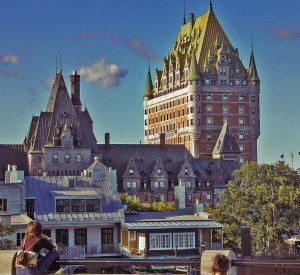 "Chateacu Frontenac w Quebec<br><span class=""cc-link""><a href=""http://www.flickr.com/photos/simonippon/3095102826/"" target=""_blank"">Autor:Simon le nippon</a><a href='http://creativecommons.org/licences/by-sa/3.0'>&nbsp;<img class=""cc-icon"" src=""mods/_img/cc_by_sa-small.png""></a></a></span>"
