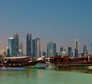 "Doha<br><span class=""cc-link""><a href=""http://www.flickr.com/photos/drljohnson/4107609714/"" target=""_blank"">Autor:Larry Johnson</a><a href='http://creativecommons.org/licences/by/3.0'> <img class=""cc-icon"" src=""mods/_img/cc_by-small.png""></a></a></span>"