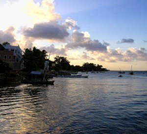 "Archipelag Lamu<br><span class=""cc-link""><a href=""http://www.flickr.com/photos/mysterybee/12972510/"" target=""_blank"">Autor:Henrik Bennetsen</a><a href='http://creativecommons.org/licences/by-sa/3.0'> <img class=""cc-icon"" src=""mods/_img/cc_by_sa-small.png""></a></a></span>"