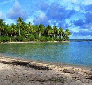 "Kiritimati<br><span class=""cc-link""><a href=""http://www.flickr.com/photos/58644897@N08/6184297898/"" target=""_blank"">Autor:KevGuy4101</a><a href='http://creativecommons.org/licences/by/3.0'>&nbsp;<img class=""cc-icon"" src=""mods/_img/cc_by-small.png""></a></a></span>"