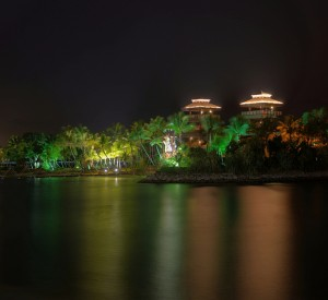 "Sentosa nocą<br><span class=""cc-link""><a href=""http://www.flickr.com/photos/schristia/4183820808/"" target=""_blank"">Autor:Schristia</a><a href='http://creativecommons.org/licences/by/3.0'>&nbsp;<img class=""cc-icon"" src=""mods/_img/cc_by-small.png""></a></a></span>"