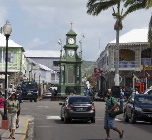 "Basseterre, stolica St Kitts i Nevis<br><span class=""cc-link""><a href=""http://www.flickr.com/photos/ckramer/3477018365/"" target=""_blank"">Autor:ckramer</a><a href='http://creativecommons.org/licences/by/3.0'> <img class=""cc-icon"" src=""mods/_img/cc_by-small.png""></a></a></span>"