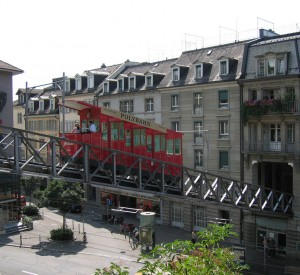 "Zurich<br><span class=""cc-link""><a href=""http://www.flickr.com/photos/hrs51/4567067975/"" target=""_blank"">Autor:hrs51</a><a href='http://creativecommons.org/licences/by/3.0'>&nbsp;<img class=""cc-icon"" src=""mods/_img/cc_by-small.png""></a></a></span>"