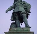 <span class='dscr'>Pomnik Karola Gustawa Wielkiego w Goeteborgu</span>&lt;br&gt;&lt;span class=&quot;cc-link&quot;&gt;&lt;a href=&quot;http://www.flickr.com/photos/akermark/3054903885/&quot; target=&quot;_blank&quot;&gt;Autor:Margo Akermark&lt;/a&gt;&lt;a href=&#039;http://creativecommons.org/licences/by/3.0&#039;&gt;&amp;nbsp;&lt;img class=&quot;cc-icon&quot; src=&quot;mods/_img/cc_by-small.png&quot;&gt;&lt;/a&gt;&lt;/a&gt;&lt;/span&gt;