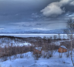 """Park Narodowy Abisko<br><span class=""""cc-link""""><a href=""""http://www.flickr.com/photos/gudi3101/5507469812/"""" target=""""_blank"""">Autor:Guido da Rozze</a><a href='http://creativecommons.org/licences/by-nd/3.0'><img class=""""cc-icon"""" src=""""mods/_img/cc_by_nd-small.png""""></a></a></span>"""