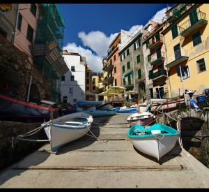 "Riomaggiore<br><span class=""cc-link""><a href=""http://www.flickr.com/photos/29038518@N04/6986361216/"" target=""_blank"">Autor:Roger Colly</a><a href='http://creativecommons.org/licences/by-nd/3.0'> <img class=""cc-icon"" src=""mods/_img/cc_by_nd-small.png""></a></a></span>"