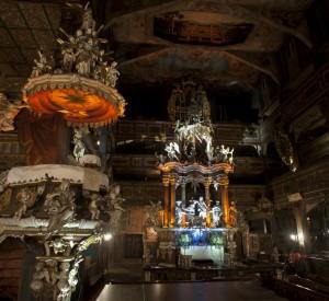 """Kościół Pokoju oświetlony z okazji wizyty szwedzkiej pary królewskiej<br><span class=""""cc-link""""><a href=""""http://dokadjechac.pl/profil/a-gie"""" target=""""_blank"""">Autor:a_gie</a>"""